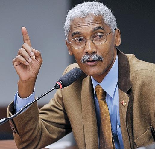 Durante a entrevista, Dutra disse que o município de Paço do Lumiar está totalmente destroçado