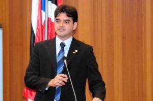Rubens Jr saiu em defesa de Flávio Dino, na Assembleia Legislativa