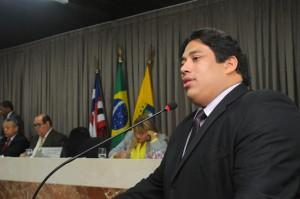 Líder do governo, Osmar Filho, também apontou ações