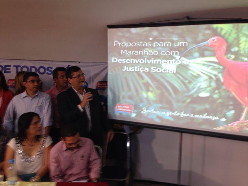 O pré-candidato Flávio Dino resumiu o Diálogos pelo Maranhão em propostas