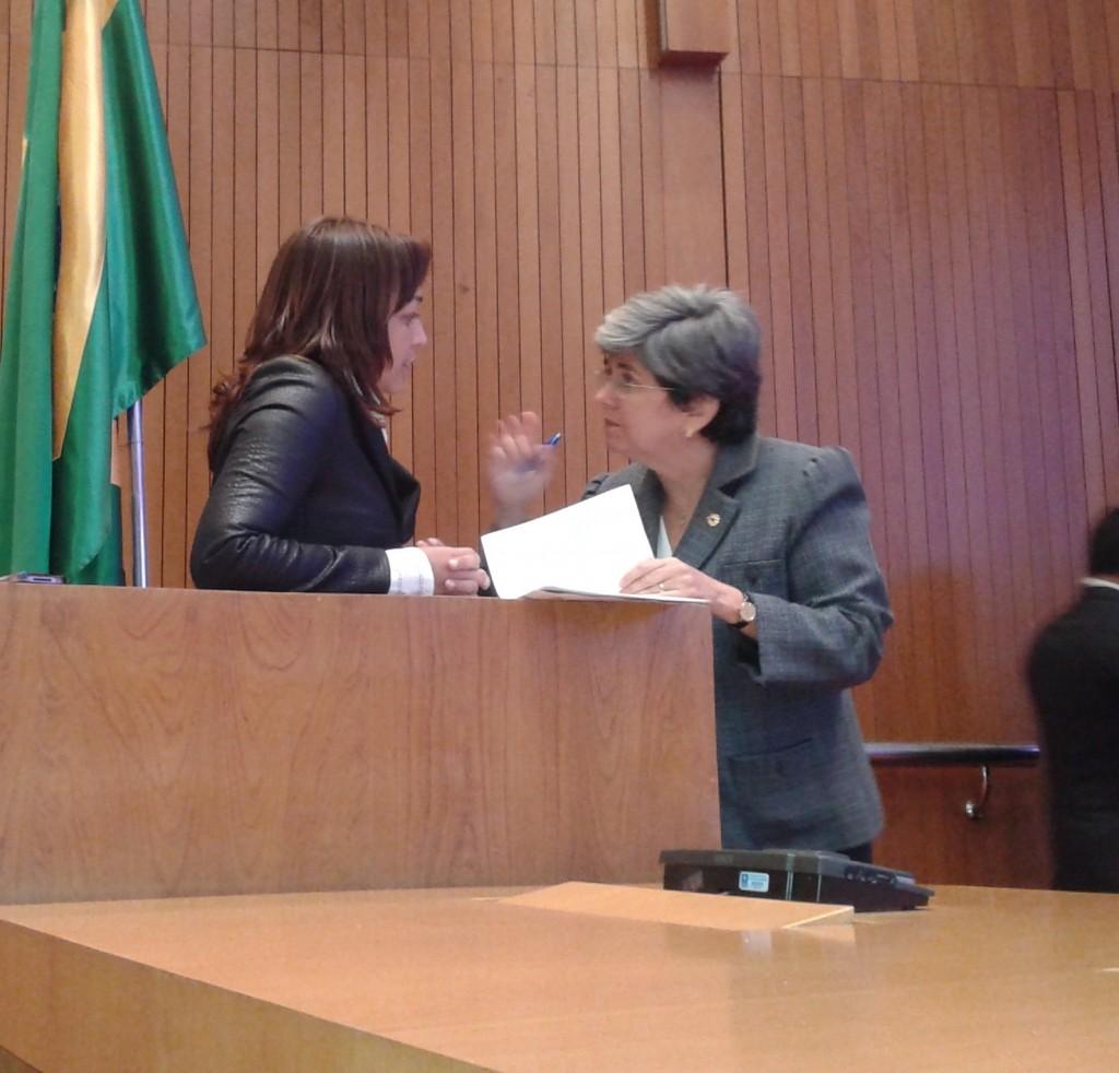 Eliziane Gama manteve conversa reservada com Gardênia Castelo do PSDB