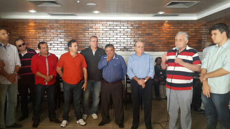 Castelo reuniu vereadores e lideranças tucanas no Gran São Luís Hotel