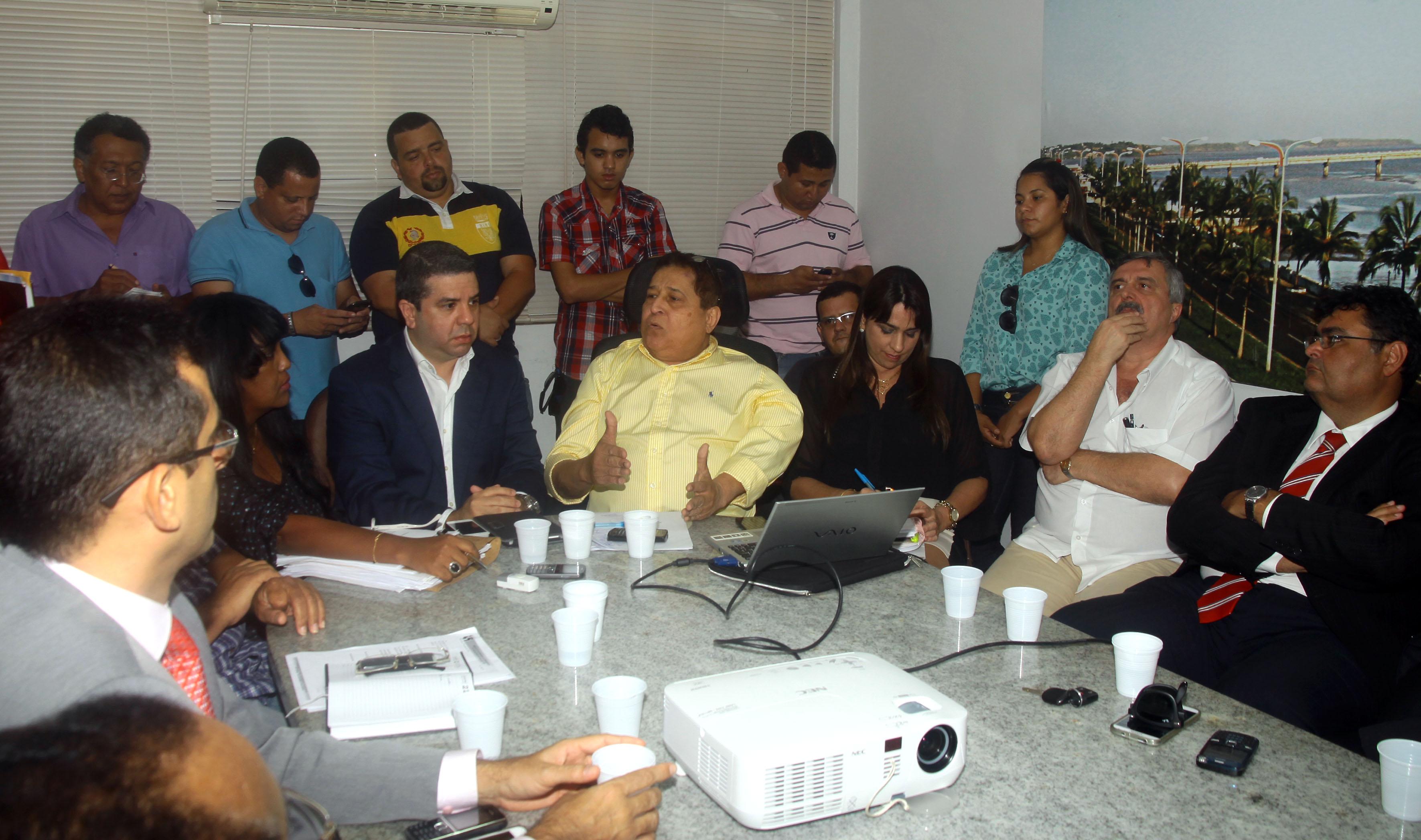 Mesa de negociações discute fim da greve dos rodoviários em São Luís