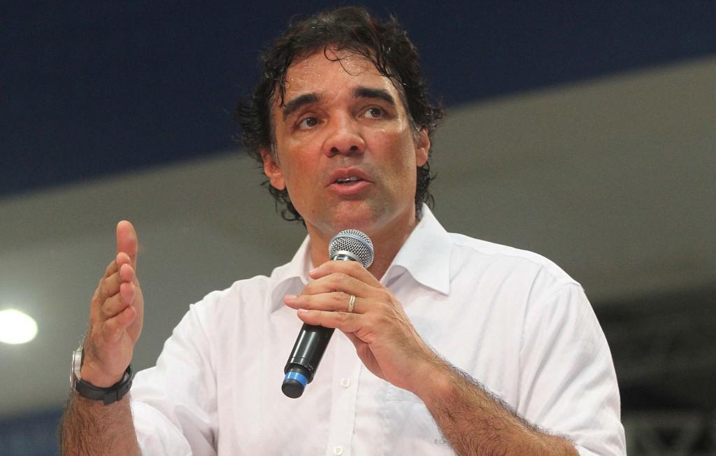 Após sumiço repentino da campanha, Lobinho, enfim, reiniciará agenda pelo interior do Estado