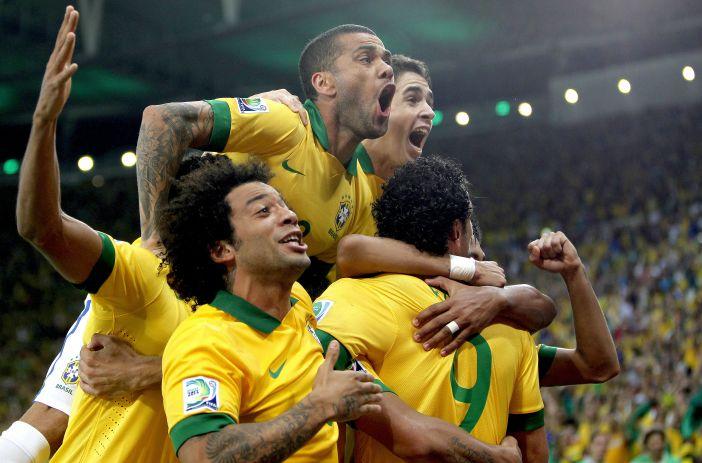 Brasil tem muitos craques, precisa superar a contusão de Neymar e partir para cima da Alemanha