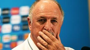 Felipão errou e reconheceu que errou ao adotar esquema tático capenga para enfrentar a Alemanha
