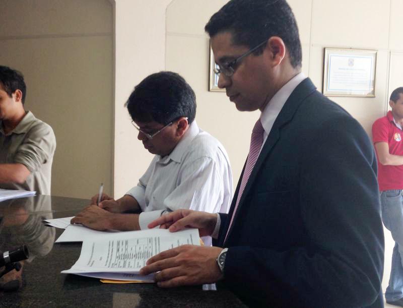Marcio Jerry e Carlos Lula  registraram denúncia na Polícia Federal