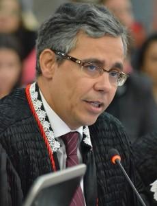 Desembargador Paulo Veltem