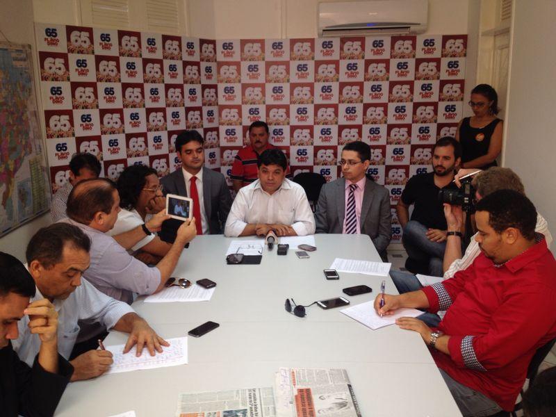 Márcio Jerry reuniu a Imprensa para denunciar que Saulo Dino foi abordado pela Polícia de forma atípica