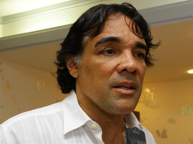 Para os advogados, o peemedebista não teria concedido a entrevista na condição de senador, mas de pré-candidato ao governo do Maranhão