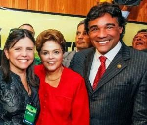 Roseana Sarney colocará bloco na rua para pedir votos a Dilma. Deputados e prefeitos sarneisistas estão convocados a fazer campanha para a petista