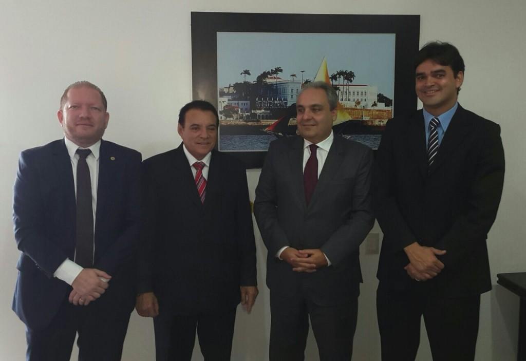 Othelino Neto, Raimundo Cutrim, Marcelo Tavares e Rubens Júnior reuniram-se na Assembleia para discutir a questão