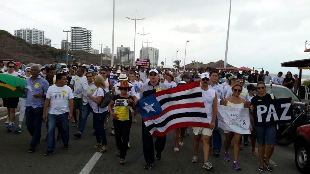 Caminhada pela paz e em repúdio a assassinatos de agentes da Lei aconteceu na Avenida Litorânea