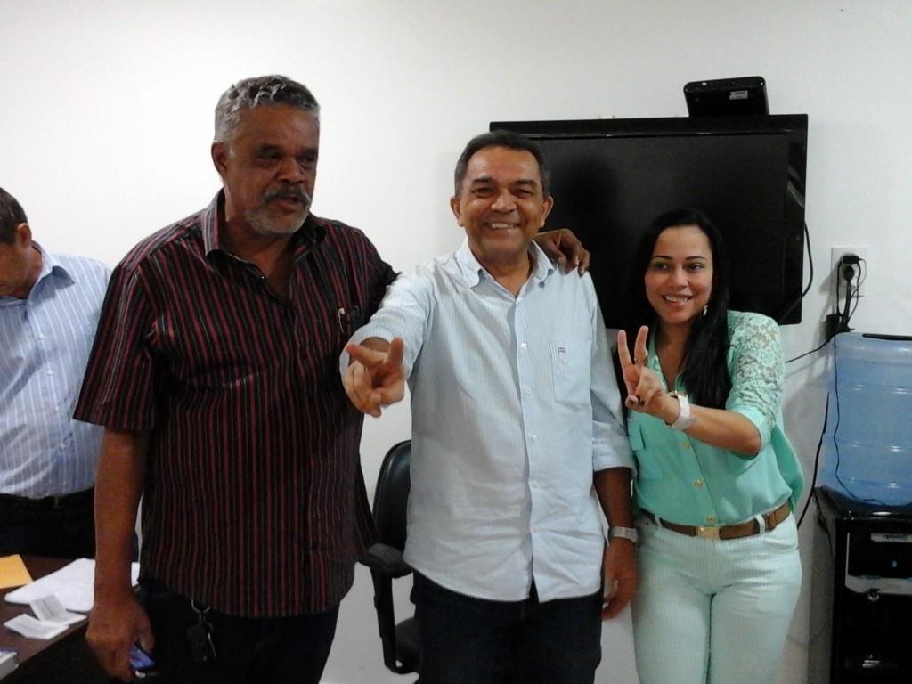 Jornalistas comemoraram a eleição após a confirmação dos votos