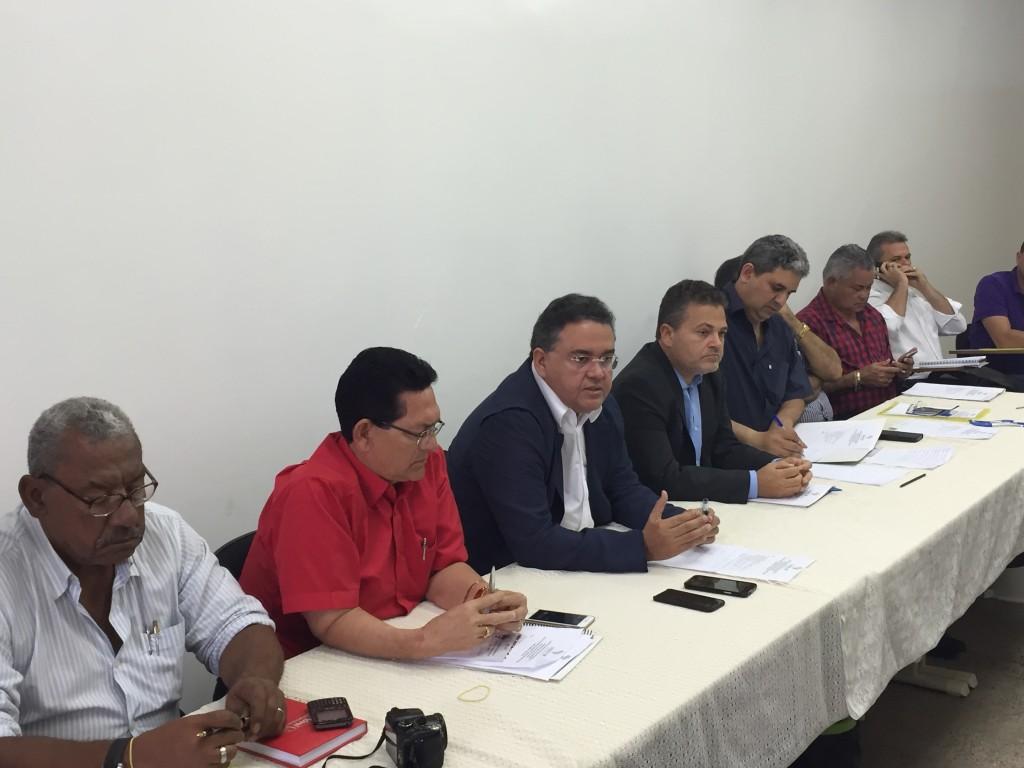 O senador Roberto Rocha será o mediador da agenda com o Estado