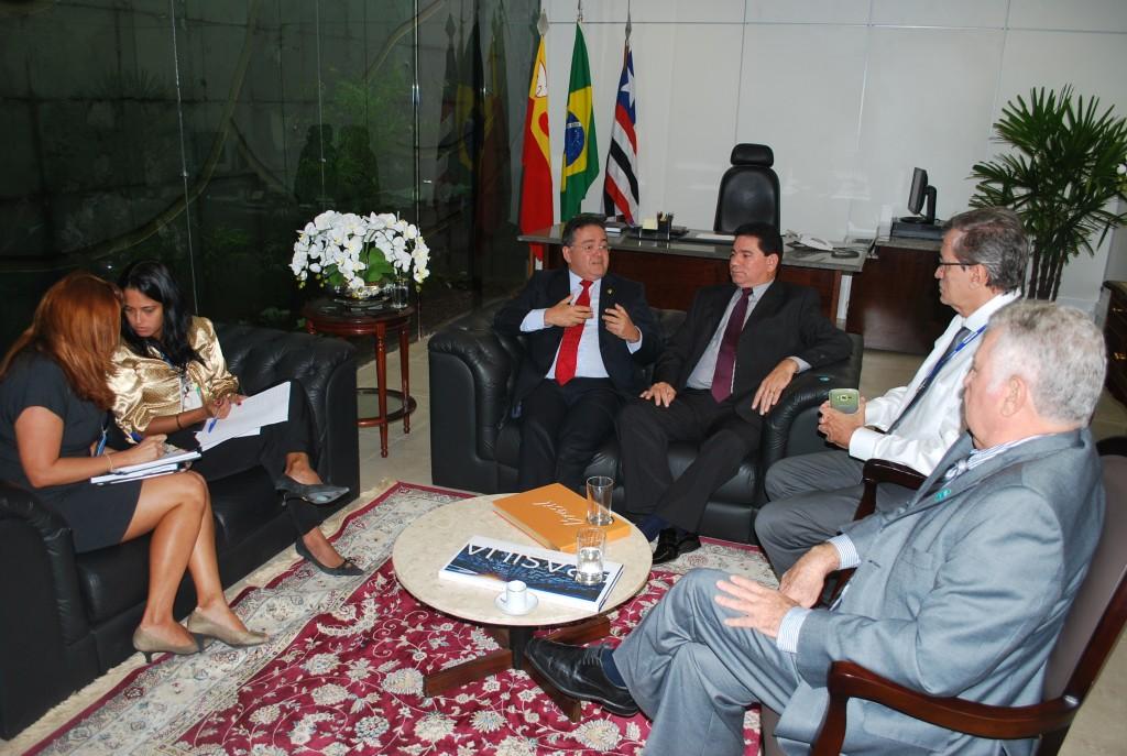 Roberto Rocha recebeu o prefeito de Bacabeira,