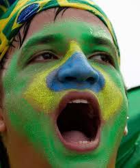 Caras pintadas querem impeachment de Dilma e protestam contra corrupção