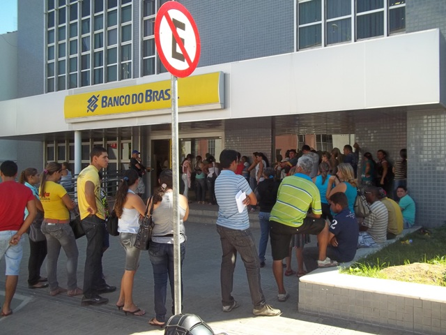 Banco do Brasil é alvo de mais uma denúncia por conta do problema das filas