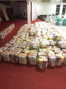 Cinco toneladas de alimentos já foram conseguidas