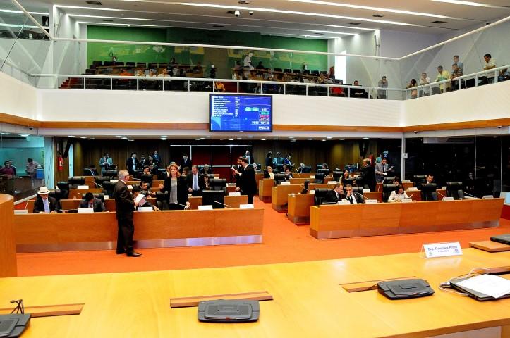 Plenário aprovou decreto legislativo
