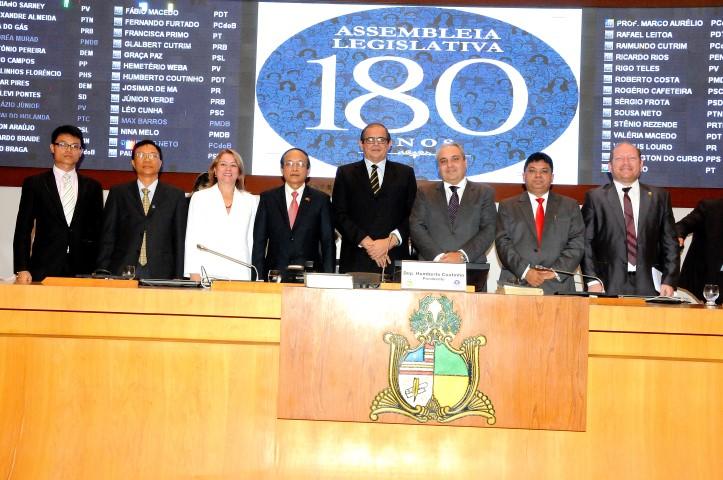 Sessão solene movimentou a Assembleia Legislativa