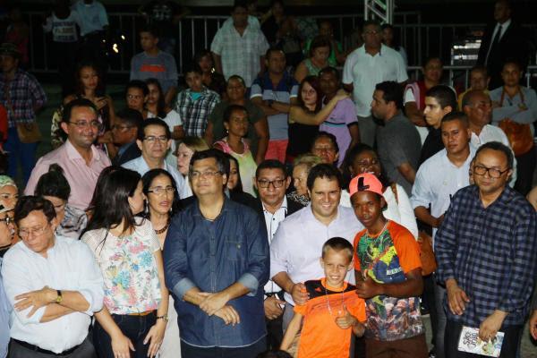 Flávio Dino e Edivaldo Jr na abertura do São João