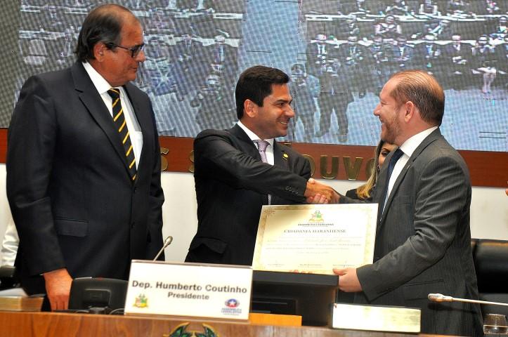 Desembargador recebeu Título e Cidadão na Assembleia