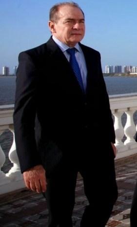 O ex-secretário João Abreu agora está sendo procurado pela Polícia