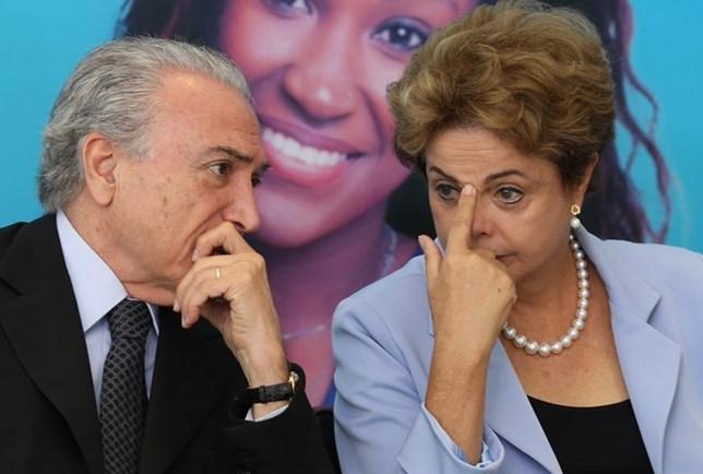Dilma está tentando amenizar crise política, cedendo espaço ao PMDB