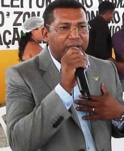 """Prefeito João de Fátima, o """"Queiroz"""""""