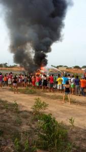 Populares acompanharam o resgate
