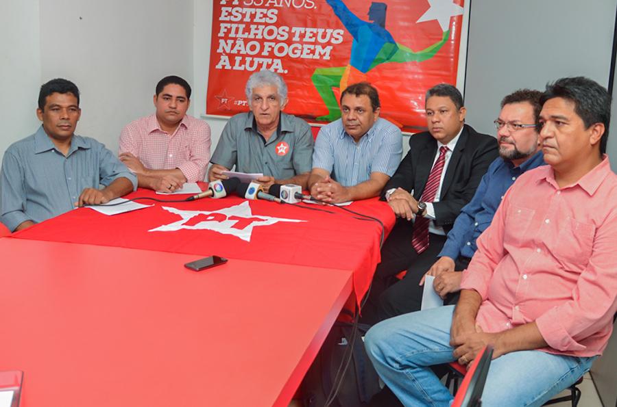 Dirigentes do PT disseram que não se trata de apoio a um governo que venceu as eleições e sim fruto de muitas discussões com base na linha ideológica de esquerda e na relação histórica com o PCdoB