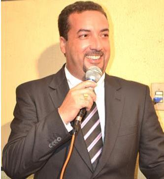 Delmar Sobrinho foi afastado por atrasar salários reiteradas vezes