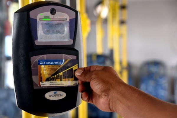 Usuários do transporte público já podem experimentar o sistema do bilhete único