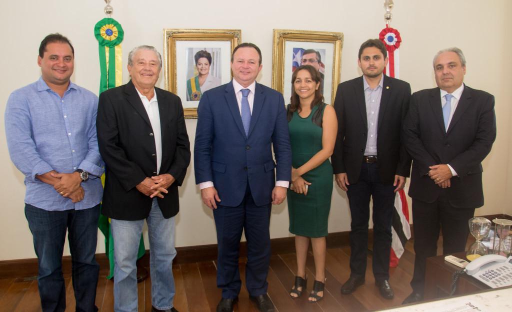 Carlos Brandão recebe deputados federais e lideranças políticas e debate ações em prol do desenvolvimento do Maranhão