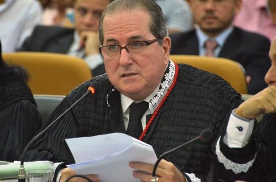 O desembargador Ricardo Duailibe negou pedido de Ribamar Alves para voltar ao cargo (Foto: Ribamar Pinheiro)