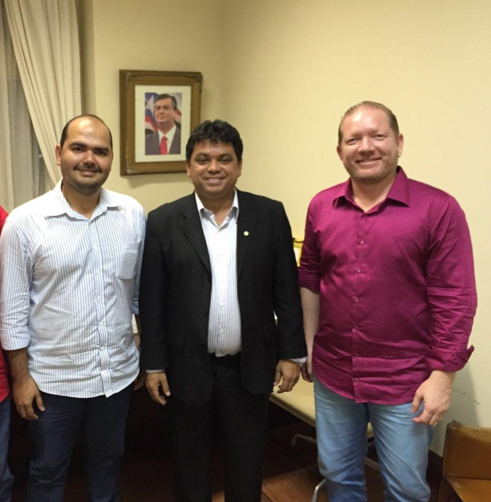 Anderson com o presidente do PCdoB, Márcio Jerry, e com o deputado Othelino Neto
