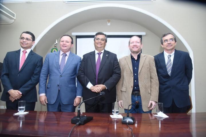 Dino empossou Lula na Saúde e Pacheco em Políticas Públicas