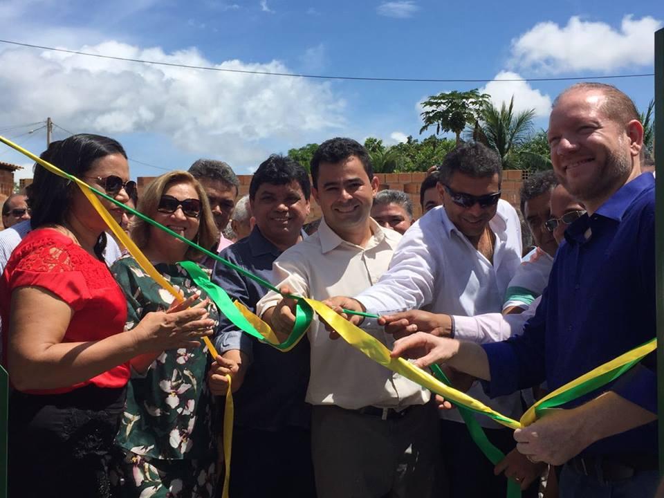 Foto-legenda -  Segundo Othelino, o governo do Estado vai colaborar com a construção de um novo hospital de 50 leitos