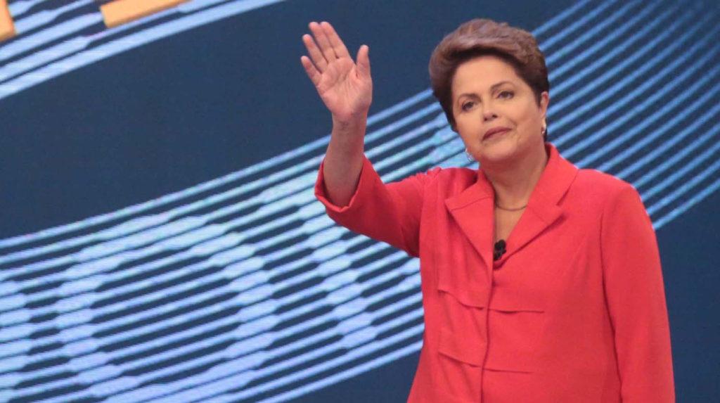Dilma, a primeira presidente, a primeira mulher a sofrer impeachment na presidência da República