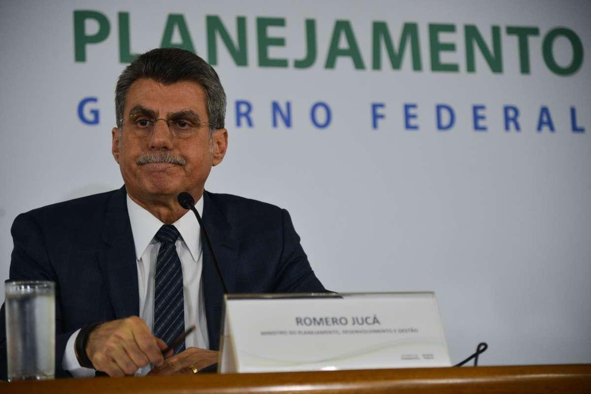 Romero Jucá inicia a primeira crise do governo Temer