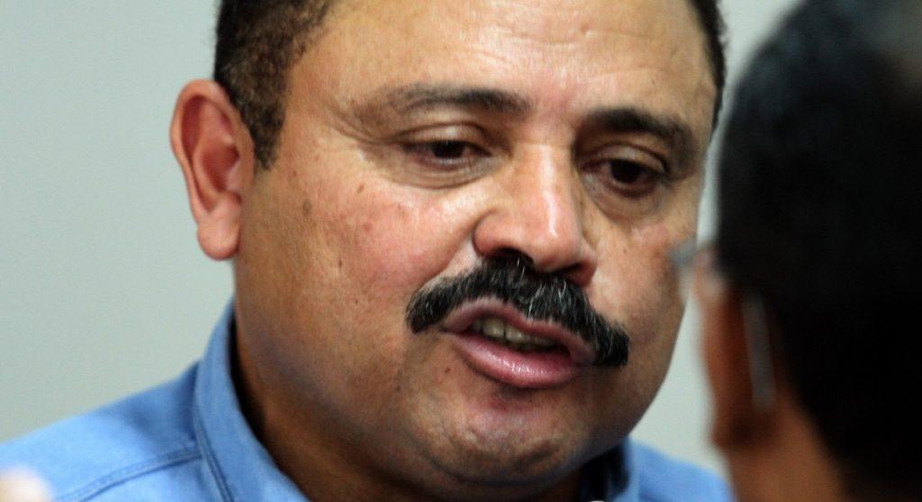 Waldir Maranhão vai se segurando na presidência da Câmara
