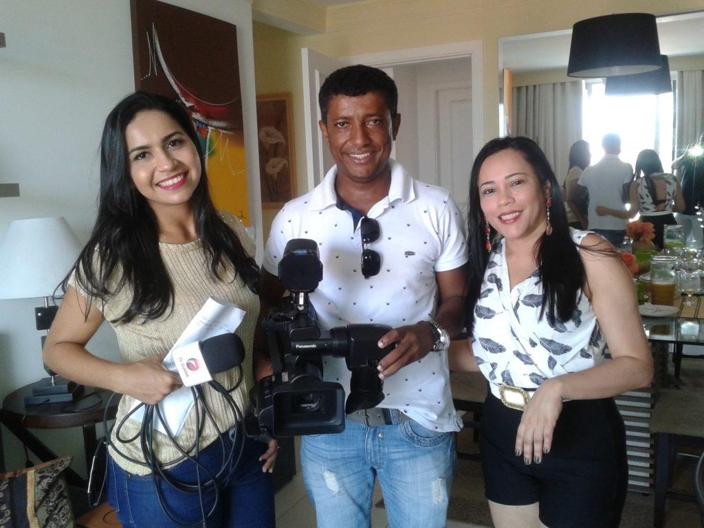 Recebi em casa a equipe de reportagem da TV Guará, que faz uma interessante matéria sobre o WhatsApp e campanhas eleitorais