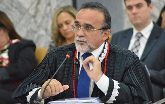 Desembargador José Luís Almeida