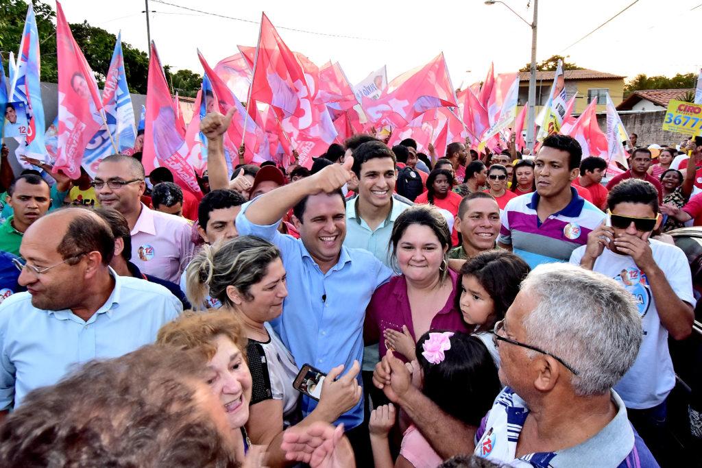 Edivaldo Jr é o candidato que mais se mobiliza nesse início de campanha