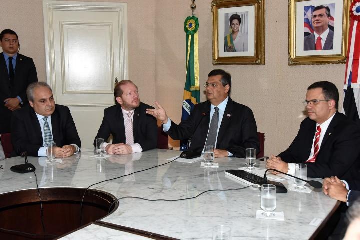 Governador Flávio Dino laçou pacote de ações para combater a crise