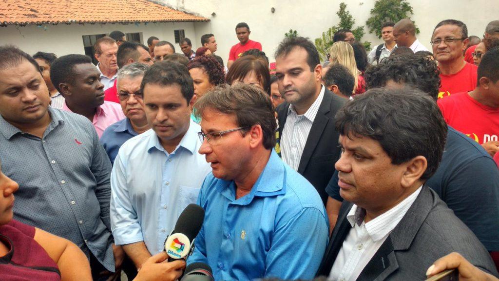Professor Júlio Pinheiro foi a indicação do PCdoB para compor chapa com Edivaldo Júnior