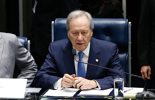 O ministro do Supremo Tribunal Federal (STF), Ricardo Lewandowski, preside o julgamento de Dilma no Senado