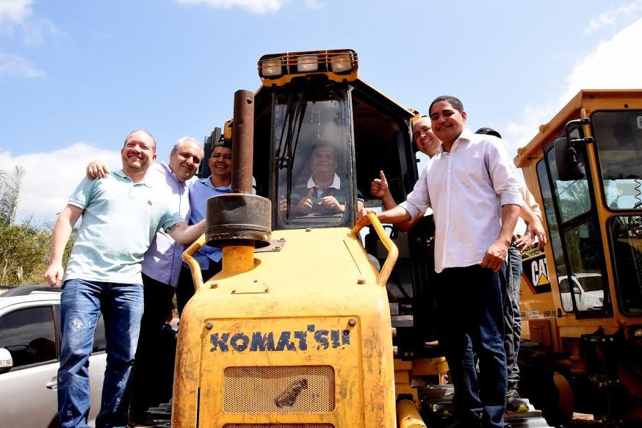 Governador deu início às obras em Bequimão