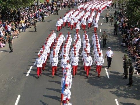 Desfiles vão mudar a rotina do trânsito neste  trecho